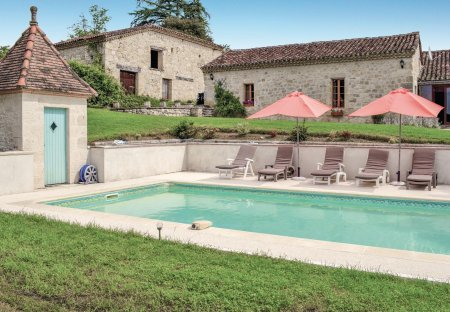 Villa in Bon-Encontre Est, France