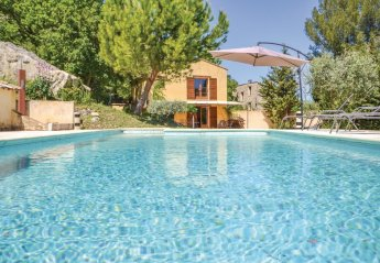 Villa in Apt, the South of France