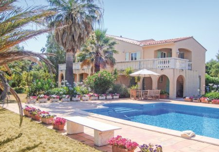 Apartment in Peripherie Sud, the South of France