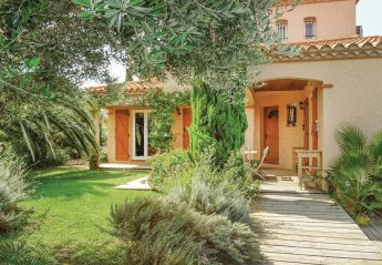 Villa in Saint-Laurent-de-la-Salanque Sud, the South of France