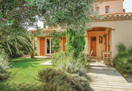 Villa in Saint-Laurent-de-la-Salanque Sud, the South of France