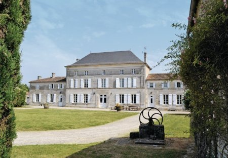 Villa in Chassors, France