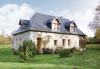 Villa in Ville Haute et Secteur des Longchamps, France
