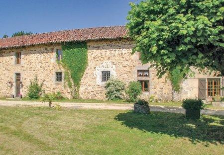 Villa in Moissannes, France