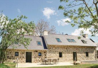 Villa in Trégarvan, France