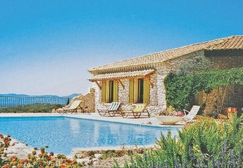 Villa in Venasque, the South of France