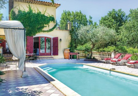 Villa in Néoules, the South of France