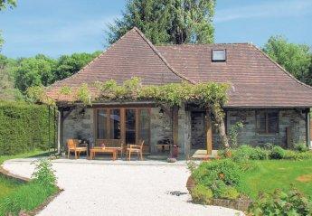 Villa in Saint-Front-la-Rivière, France