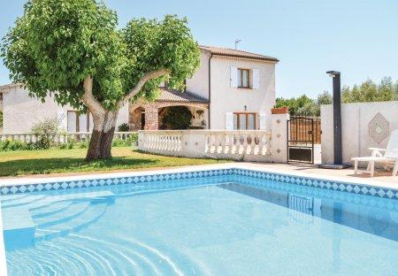 Villa in Aléria, France
