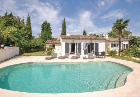Villa in Le Village-Valbonne, the South of France