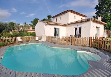 Villa in Fontmerle, the South of France