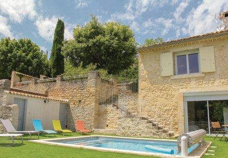 Villa in Saint-Restitut, France