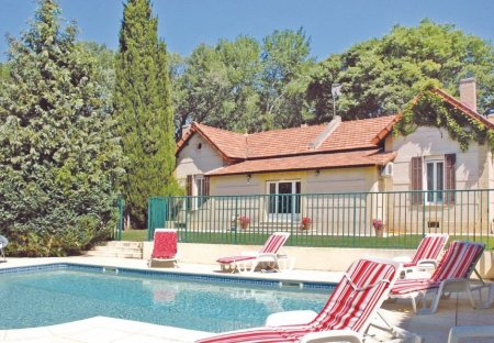 Villa in Grans, the South of France