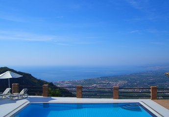 Villa in Castelmola, Sicily