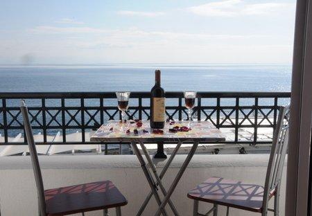 Apartment in Perissa, Santorini