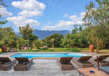 Villa in Figari, France