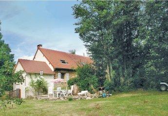Villa in Moutier-Malcard, France: