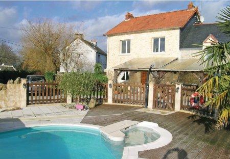 Villa in Crossac, France