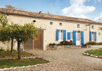 Villa in Plaisance, France