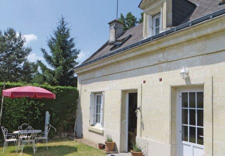 Villa in La Chapelle-aux-Naux, France