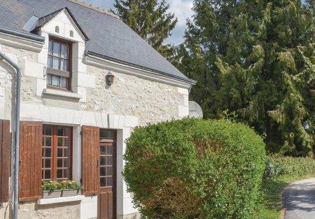 Villa in Beaumont-Village, France