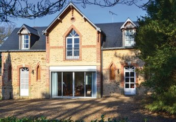 Villa in Daon, France