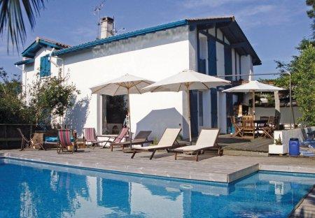 Villa in Ahetze, France: