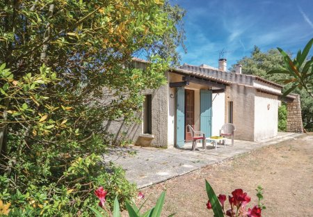 Villa in Saint-Siffret, the South of France