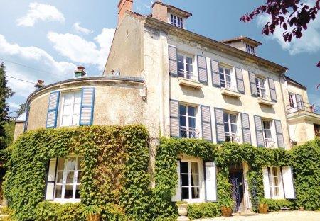 Villa in Vétheuil, France