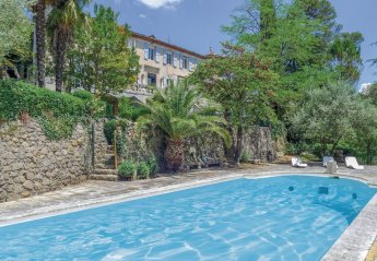 Villa in Saint-Jean-du-Pin, the South of France