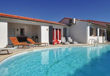 Villa in Vinça, the South of France