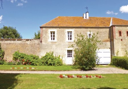 Villa in Moult-Chicheboville, France