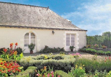 Villa in Vair-sur-Loire, France: