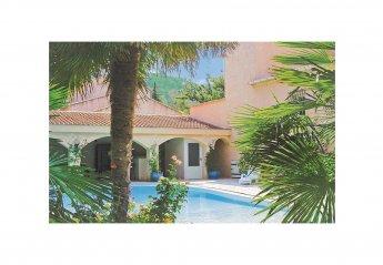 Villa in Saint-Marcellin-lès-Vaison, the South of France: