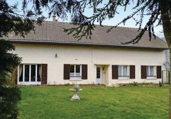 Villa in Bernot, France