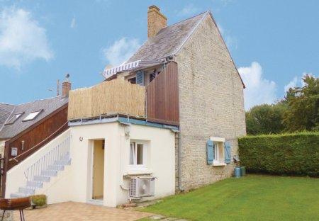 Villa in Fontenay-le-Pesnel, France