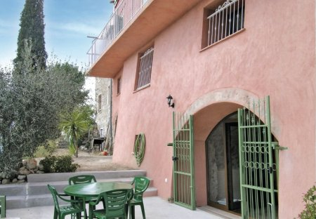 Apartment in Castagniers, the South of France