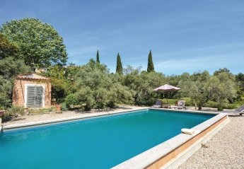 Villa in Les Baux-de-Provence, the South of France