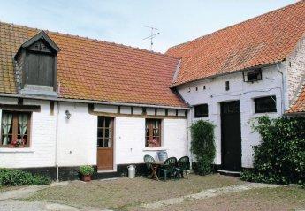 Villa in Hames-Boucres, France