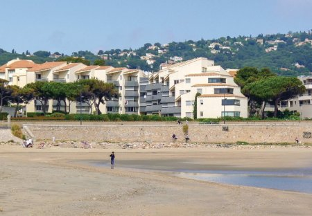 Studio Apartment in La Corniche, the South of France