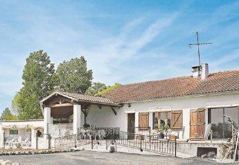 Villa in Layrac, France