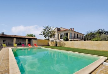 Villa in Noves, the South of France