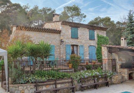 Villa in La Roquette-sur-Siagne, the South of France