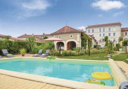 Villa in Saint-Vincent-de-Connezac, France