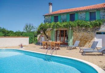 Villa in Saint-Simon-de-Pellouaille, France