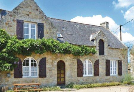 Villa in Locmariaquer, France