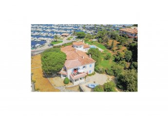 Villa in Cavalaire-sur-Mer, the South of France