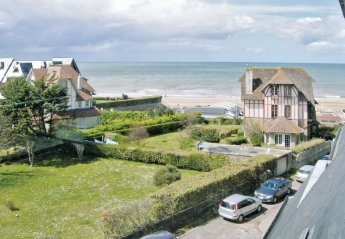 Apartment in Benerville-sur-Mer, France