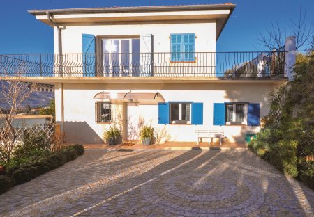 Apartment in Cremat-Bellet, the South of France