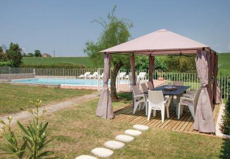 Villa in Beauville, France